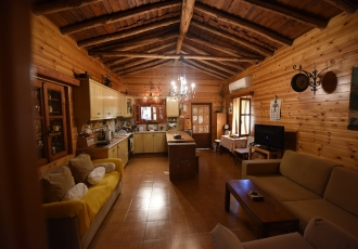 Οικία 2 ορόφων - Αρμενιστής Ικαρία